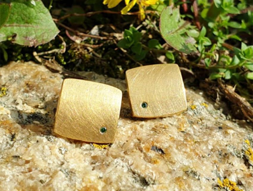 Ohrstecker Silber vergoldet mit farbigen Brillanten